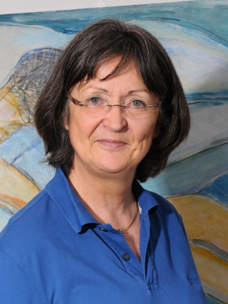 Dr. Christa Schmitt-Sievers
